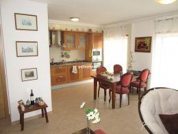 Gut präsentierte 2-SZ Wohnung mit Dachterrasse in Cabanas de Tavira