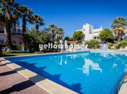 Fantastic 2-bed duplex apartment in a holiday resort...