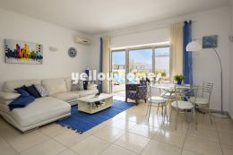 Luxurious 1 bed apartment with great sea views just...