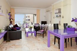 Spacious 1-bed apartment with great sea views...