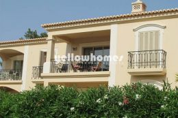 Good quality 2-bed apartment at a well-known golf resort...