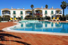 3 bed apartment with communal pool in Carvoeiro