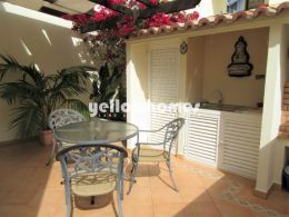 3-bed townhouse with garage in Tavira centre