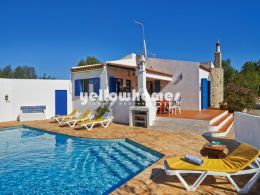 Charming 2-bed villa only 5 km from the centre of coastal...