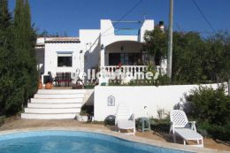 Cozy 2 bed villa with private pool and extensive country...