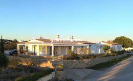 3-bed Villa with breathtaking views of the Algarvian...