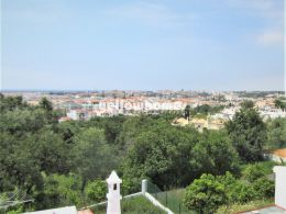 Fully refurbished 4-bed villa with sea views in Tavira