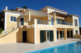 Contemporary  luxurious 5 bed villa with heated pool