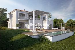 Turnkey project for a luxury 4-bed villa at golf course...