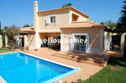 Detached 3-bed Villa at a golf course near Carvoeiro