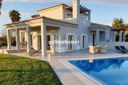 3 bed Villa with private pool at well-known golf...