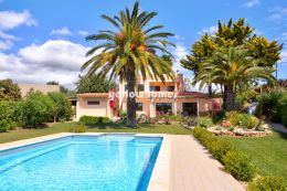 Well maintained 4-bed villa with pool and south west...