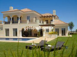 Bauen Sie Ihr Traumhaus direkt am Golfplatz nahe Tavira