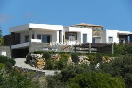 Elevated and top quality villa nr Sao Bras with spectacular...