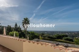 Loule 5 bed villa with sensational country and sea views