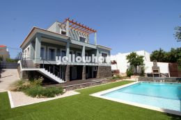 Top quality and new villa for sale near Santa Barbara...