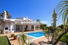 Fantastische Villa mit beheiztem Pool nahe dem...