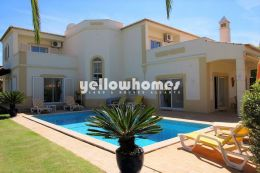 Classic and elegant four bedroom front-line villa on...
