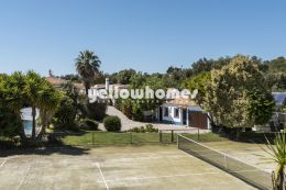 Magnificent spacious Quinta with several annexes,...