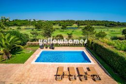 4 bed villa with superb golf views in Quinta do Lago
