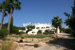 4 (+1 ) Schlafzimmer Villa mit Pool auf herrlichem Grundstück bei Vilamoura