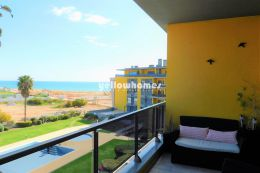 Modern 2-bedroom corner apartment in a prime front...
