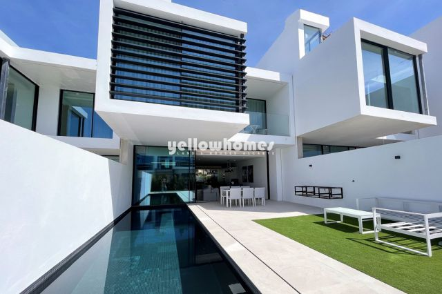 Neubau 3 SZ Wohnung mit Pool nahe Vale do Lobo