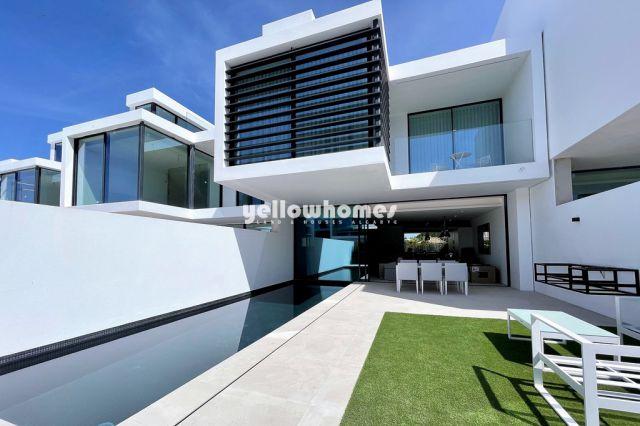 Neubau Reihenhauser mit Pool nahe Valo do Lobo und Quinta do Lago