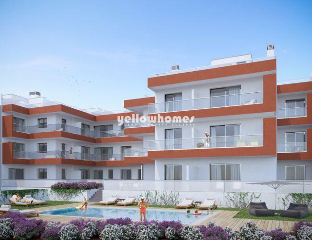 Neue Penthouse-Wohnungen mit großen Terrassen & Pool im Zentrum Tavira