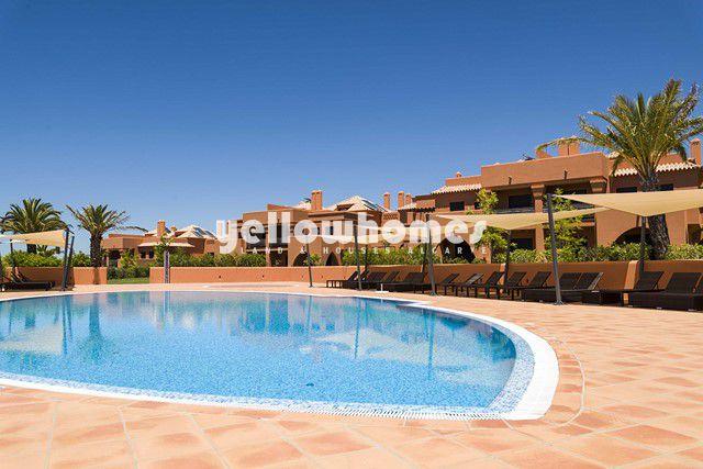 2 SZ Maisonette-Wohnungen mit Pool in Golfresort in Alcantarilha