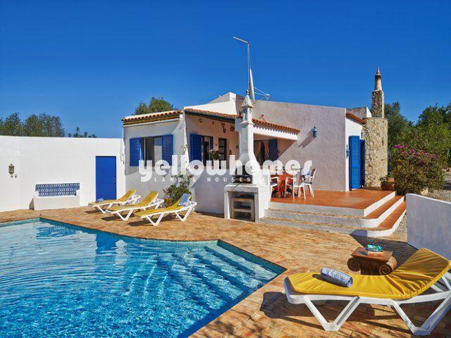 Charmante Villa zu verkaufen mit Pool nur 5 km von Tavira entfernt