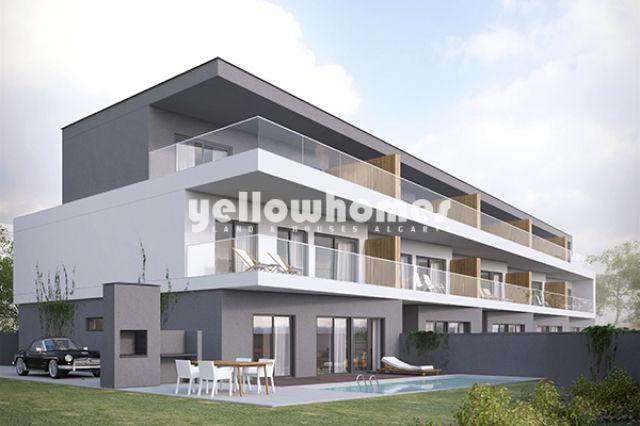 Off plan - Doppelhaushälften mit Pool und Reihenhäuser mit Pool in Tavira
