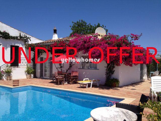 Wunderschön renoviertes Ferienhaus in Wohnanlage mit Pool nahe Sao Bras de Alportel