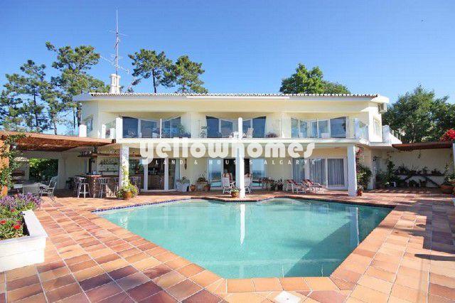 3 SZ Luxus Villa zu verkaufen mit Pool und Meerblick nahe Monchique