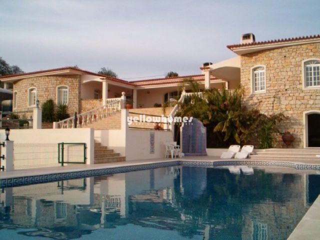 Wunderschoenes 5 SZ Landhaus zu verkaufen mit fantastischem Blick und Pool nahe Loule