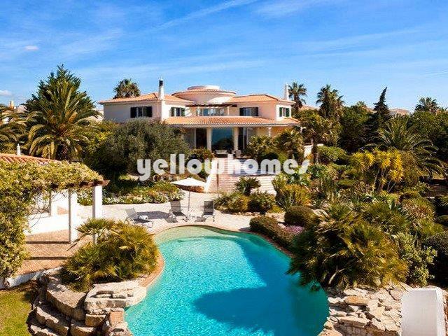 Villa mit Überlaufpool und Meerblick nahe Carvoeiro