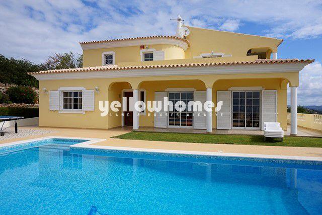 Villa zu verkaufen nahe Loule