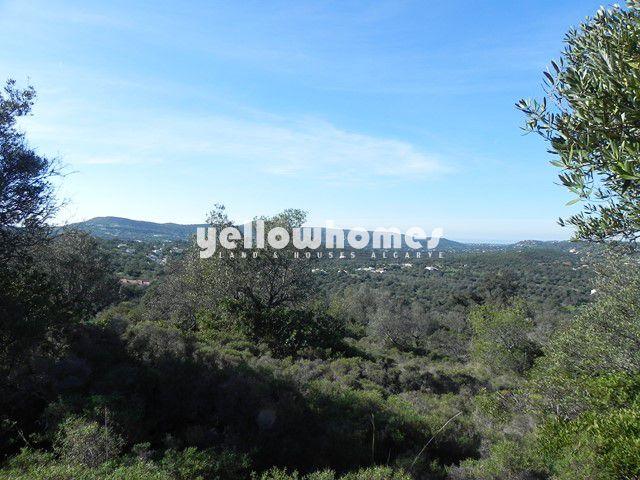Baugrundstück mit Land und Meerblick nahe Santa Barbara de Nexe