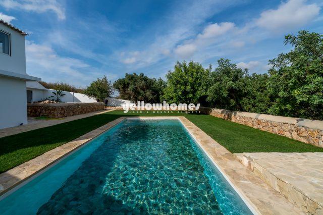 Moderne Villa mit Gästehaus und Pool nahe Boliqueime