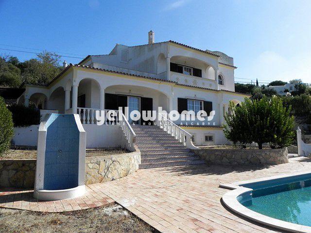 4 SZ Villa mit Pool und Meerblick nahe Loule