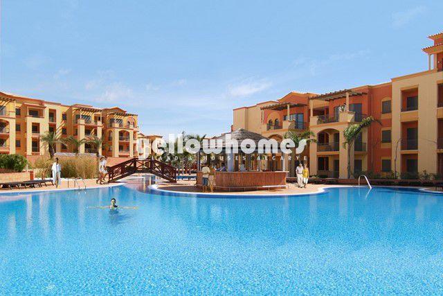 Luxuswohnung mit Pool mit Blick auf einen der bekanntesten Golfplätze in Vilamoura