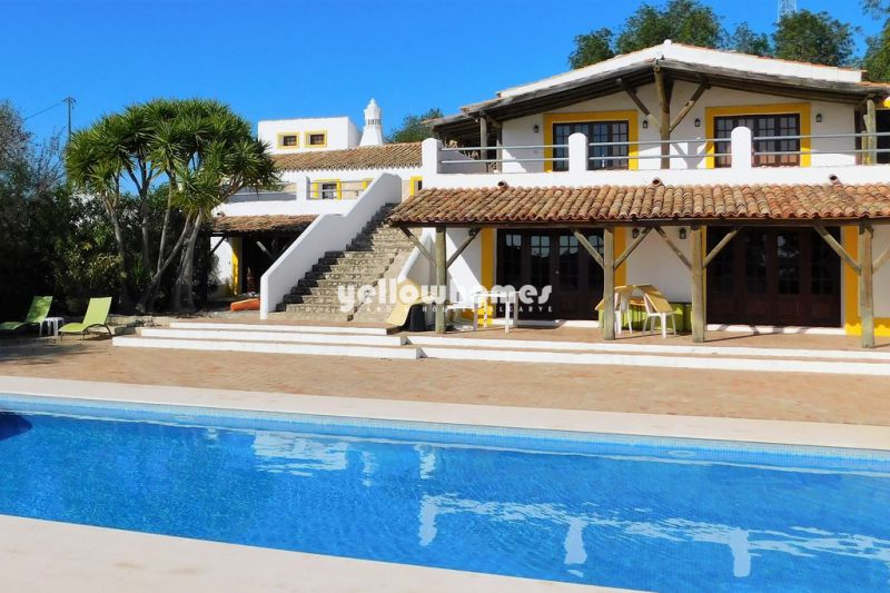 Beautiful Quinta with 7 bedrooms and outbuildings near Paderne Albufeira