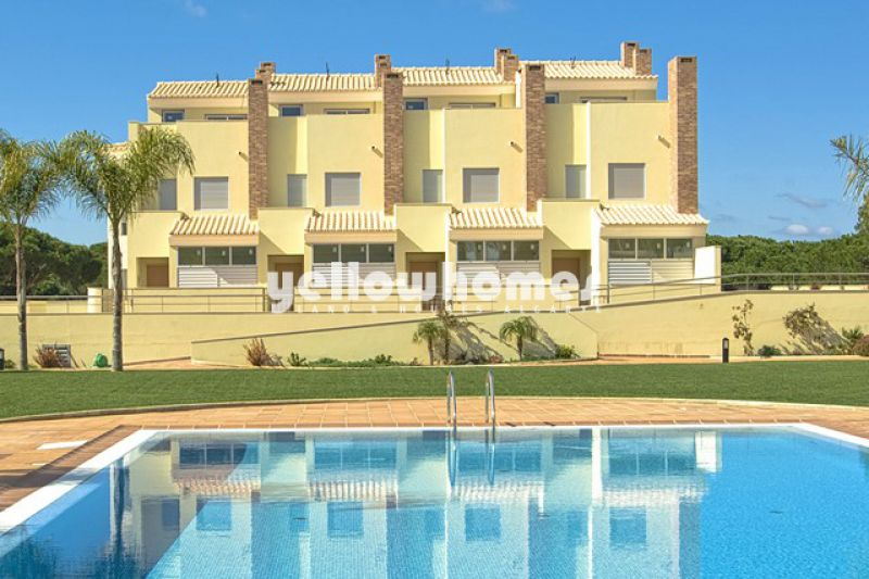 Newly built townhouses directly on the Golf course in Vilamoura