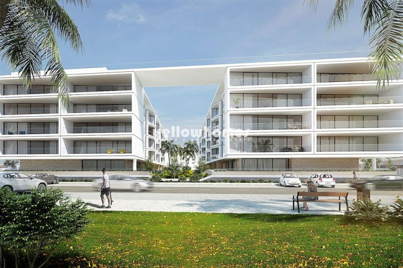 Modern luxury apartments with 2 bedrooms under construction near the sea