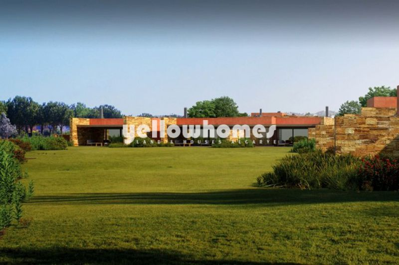 Modern 3 bed detached villa near the golf in Vilamoura