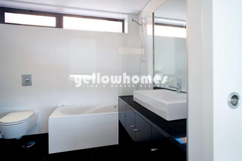 Modern 3 bed detached villa in a unique resort in Vilamoura