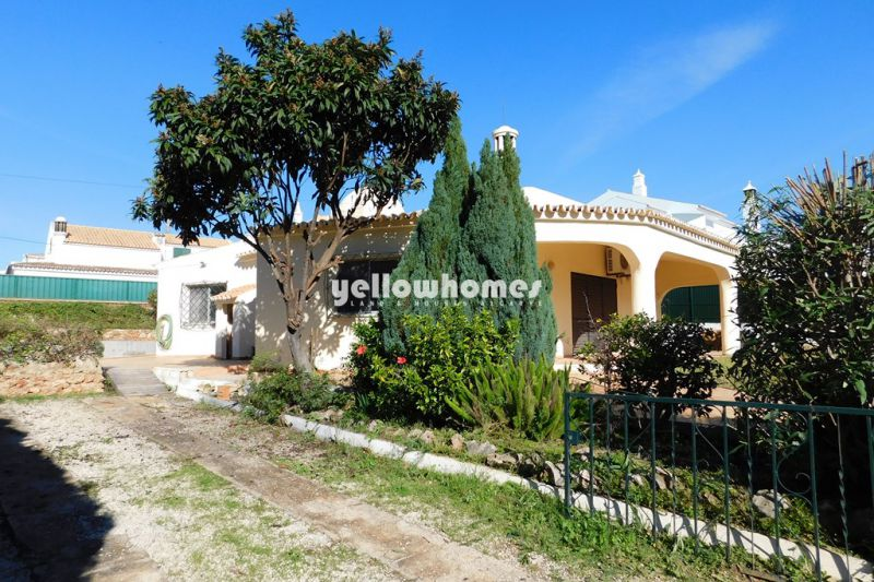 Charming single storey villa with 3 bedrooms near Loule