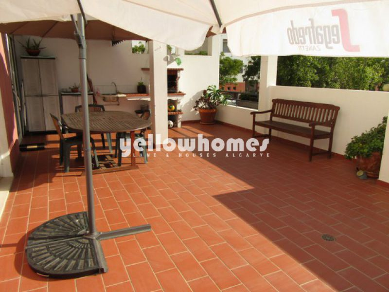Immaculate 3-bed apartment with large patio in the outskirts of Tavira