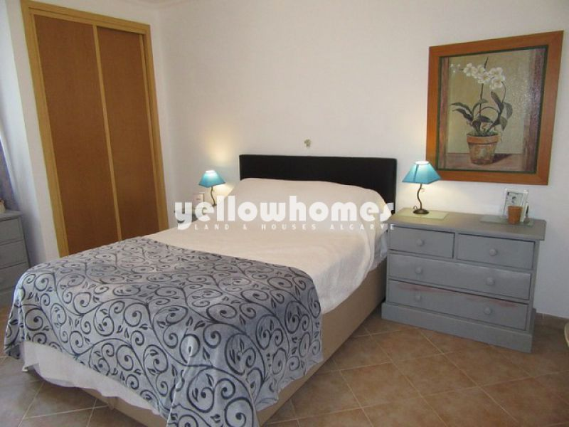 Well presented 3-bed apartment with open views