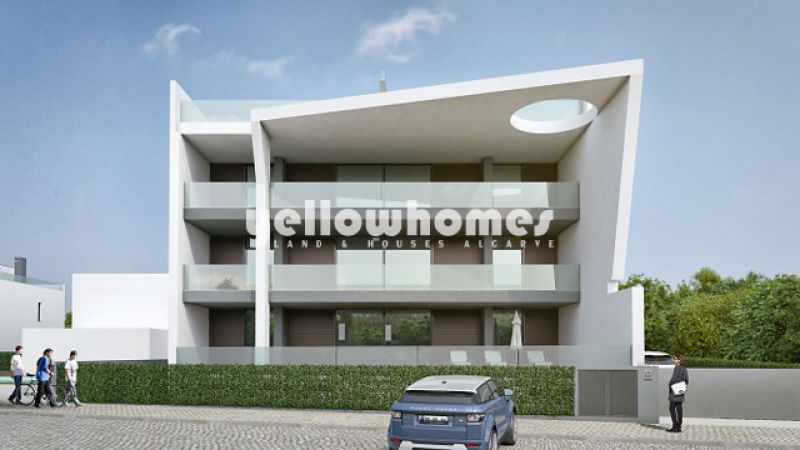 2-bed apartment with pool and large terrace font line of Ria Formosa